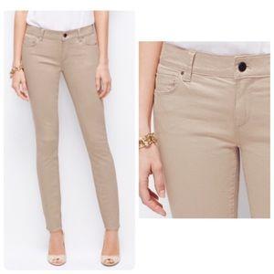 * NWT * ANN TAYLOR LOFT • Modern Skinny Jeans
